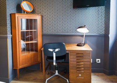 chambre-basique-casa-ortega-marseille-detail-decoration